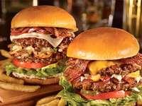Ízletes hamburgert