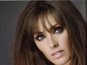 Annie Anahi - Anahí Giovanna Puente Portilla, better known as Anahí, was born on May 14, 1983 in Mexico. At the