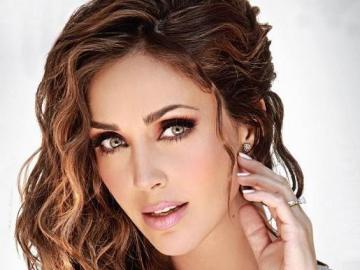 Annie Anahi Portilla - Anahí Giovanna Puente Portilla, plus connue sous le nom d'Anahí, est née le 14 mai 1983 à M