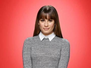 Rachel Glee - Rachel Barbra Berry jest fikcyjną postacią i de facto kobiecą bohaterką serialu komediowego Glee