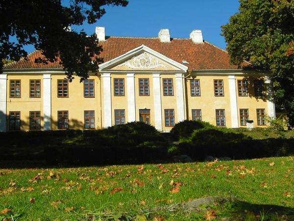 Smolajny - the Bishop's Palace - Pałac biskupi w Smolajnach koło Dobrego Miasta