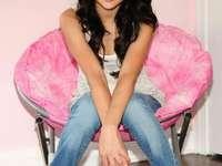 Selena gomez - Czarodzieje - Selena gomez - Czarodzieje