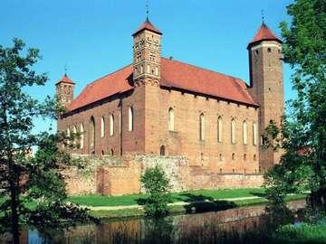 Zamek w Lidzbarku Warm. - zamek biskupów warmińskich z XIV w.