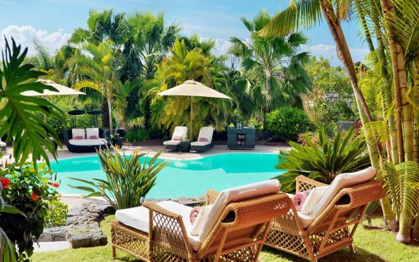 Vacaciones en egipto - Miły wypoczynek nad basenem (10×10)