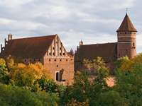 Castle from the 14th century - Zamek kapituły warmińskiej w Olsztynie