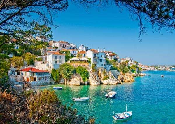 En varm strand i Grekland