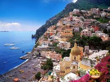 Positano in Campania - Positano, mare e limoni