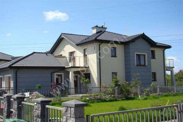 Una villa grande - Dom lekarza z gabinetem (10×10)