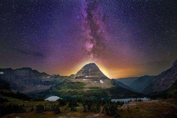 céu estrelado, vulcão