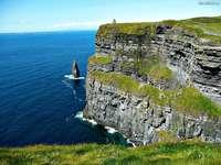 Zelené Irsko - Útesy u pobřeží Irska