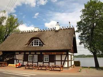 Kashubia på sommaren - Kashubian tavern i Chmielno