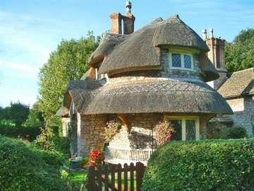 Provincia engleză - Casă de piatră în Anglia