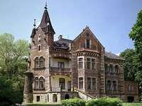 Малко известни полски дворци