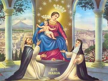 Shrine of the Rosary - W pobliżu Neapolu, u stóp Wezuwiusza, leży miasto Pompeje. W jego centrum króluje sanktuarium Ma