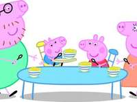 Χοίρος Peppa - Ο χοίρος Peppa τρώει με γονείς και αδελφό