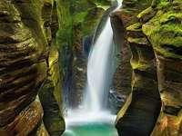 Een geweldige waterval