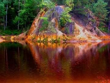 lac coloré dans les monts Méta - kolorowe jezioro w Rudawach Janowickich