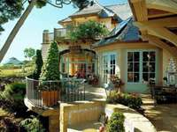 villa, garden, landscape in th - willa,ogród,krajobraz w dali