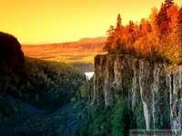 cliff, autumn forest, river - urwisko,jesienny las,rzeka