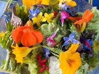 Ätliga blommor