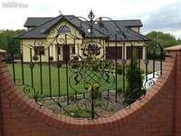 huisje met een smeedijzeren hek - huisje met een smeedijzeren hek