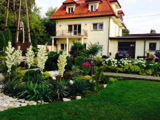 trädgårds trädgård - hus med trädgård i staden (5×5)