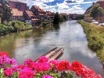 Piękne miejsca w Niemczech - Piękny widok na rzekę w Bambergu