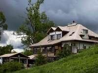 casa de campo nas montanhas Bieszczady