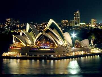 Sydney Opera House - kształt,kolor,oryginalność