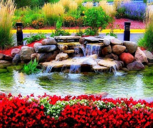 Beautiful Garden - View. Beautiful Garden With Flowers (5×5)
