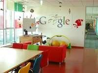Офис на Google - Съставете снимка, показваща офис на Google в Полша