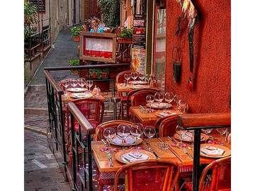 street cafe - uliczna kawiarenka we Francji