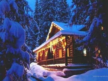 Natale in montagna - śnieg, las, dom, światła