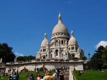 """Paryski """"Kalafior"""" - Cudowne miejsce widokowe. Bazylika wewnątrz mało interesująca."""