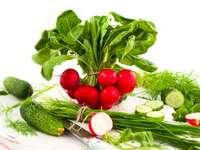 rané zeleniny - Čerstvá jarní zelenina