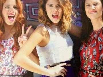 Violetta Cami e Fran - Violetta - le ragazze sono i veri migliori amici. All'inizio, le loro relazioni non erano buone