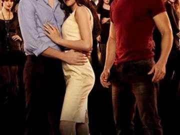 Twilight Saga: Prima dell'alba - Dopo un bellissimo matrimonio e un grande matrimonio, Bella (Kristen Stewart) ed Edward (Robert Patt