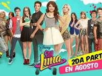 Soja Luna ♥ - Luna (Karol Sevilla) est une adolescente mexicaine qui passe sa vie à faire du roller