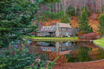 House by the pond in the fores - A house by the pond in the forest