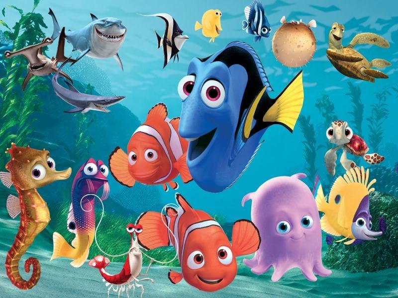 Găsirea lui Nemo - Filmul este despre răpirea unui pește mic pe nume Nemo. Tatăl său Marlin își propune să-și caute fiul, împreună cu Dora - un pește albastru care suferă de pierderi de memorie pe termen scu (4×3)