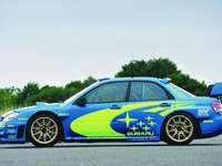 Subaru Impreza wrx sti - Une voiture de tourisme compacte produite par la marque japonaise Subaru depuis 1993, succédant à