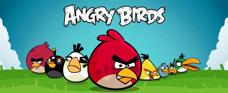 Wuetende Voegel - Die Spieler uebernehmen die Kontrolle ueber einen Vogelschwarm, der versucht, die von den boesen gruenen Schweinen gestohlenen Eier zu holen. Auf jeder Ebene werden Schweine durch Strukturen aus versc (7×4)