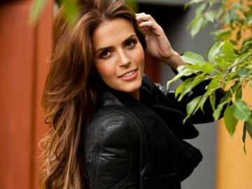 Claudia alvarez - Claudia Alvarez es una actriz y modelo mexicana. Nació en 1981 y cuando tenía 14 años comenzó su