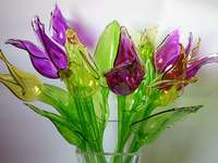 Tulips from glass in a vase.