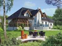 Къща с градина - пъстър пъзел