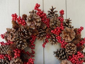 Holidays: a wreath with cones - Holidays: a wreath with cones