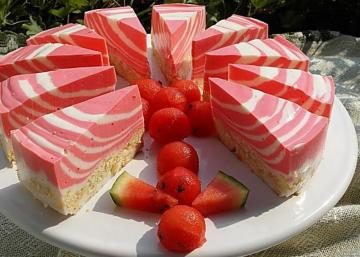 Watermelon cakes - colorful puzzle with cookies