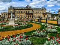 Parque del palacio - colorido parque del palacio