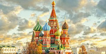Red Square - Russia - Moscow's most famous square, located in the city center near the Kremlin. On the Red Square the