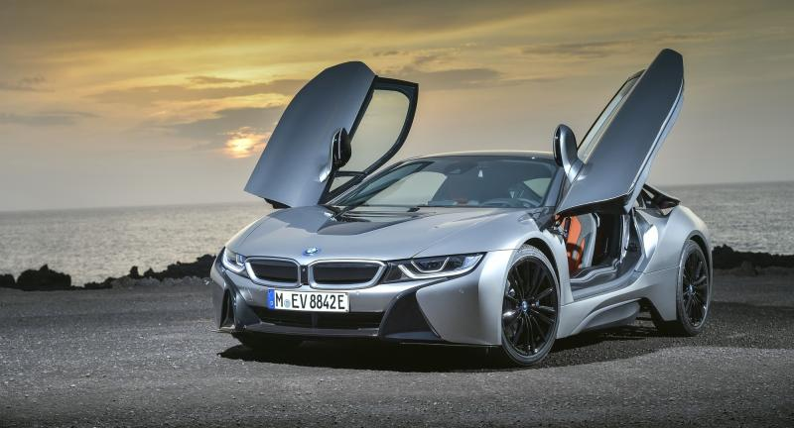 BMW-super fura - niemiecka myśl motorozacyjna (10×10)